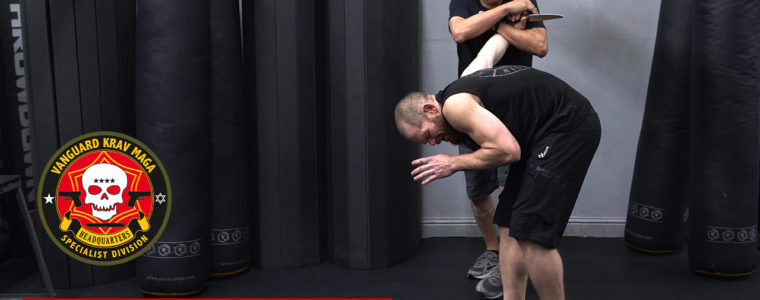kravmaga-upward-knife-thumb
